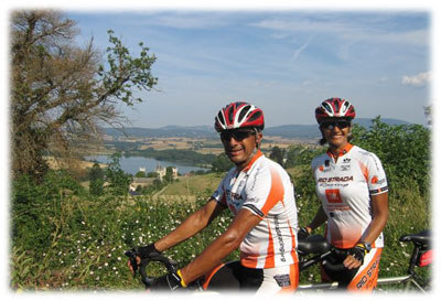 Enjoying France bicycle tour !